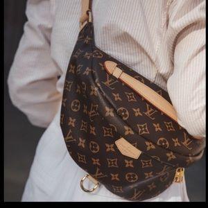 🎉Lowest price on posh🎉 Louis Vuitton Bumbag